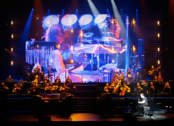 Yanni at Abraham Chavez Theatre