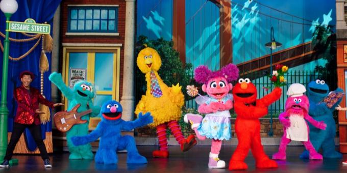 Sesame Street Live! Let's Party! at Abraham Chavez Theatre